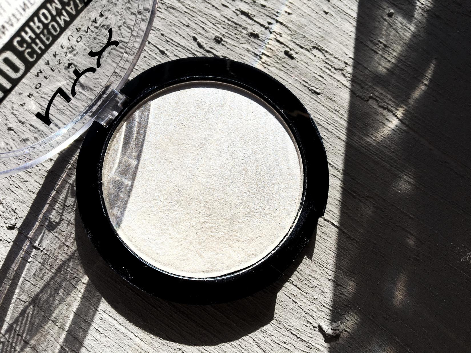 NYX Duo Chromatic Illuminating Powder, оттенок Twilight Tint
