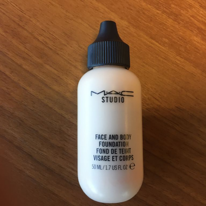 MAC Studio Face and Body Foundation, тон N1