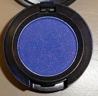 Виды теней для век от MAC - бархатные тени MAC Climate Blue