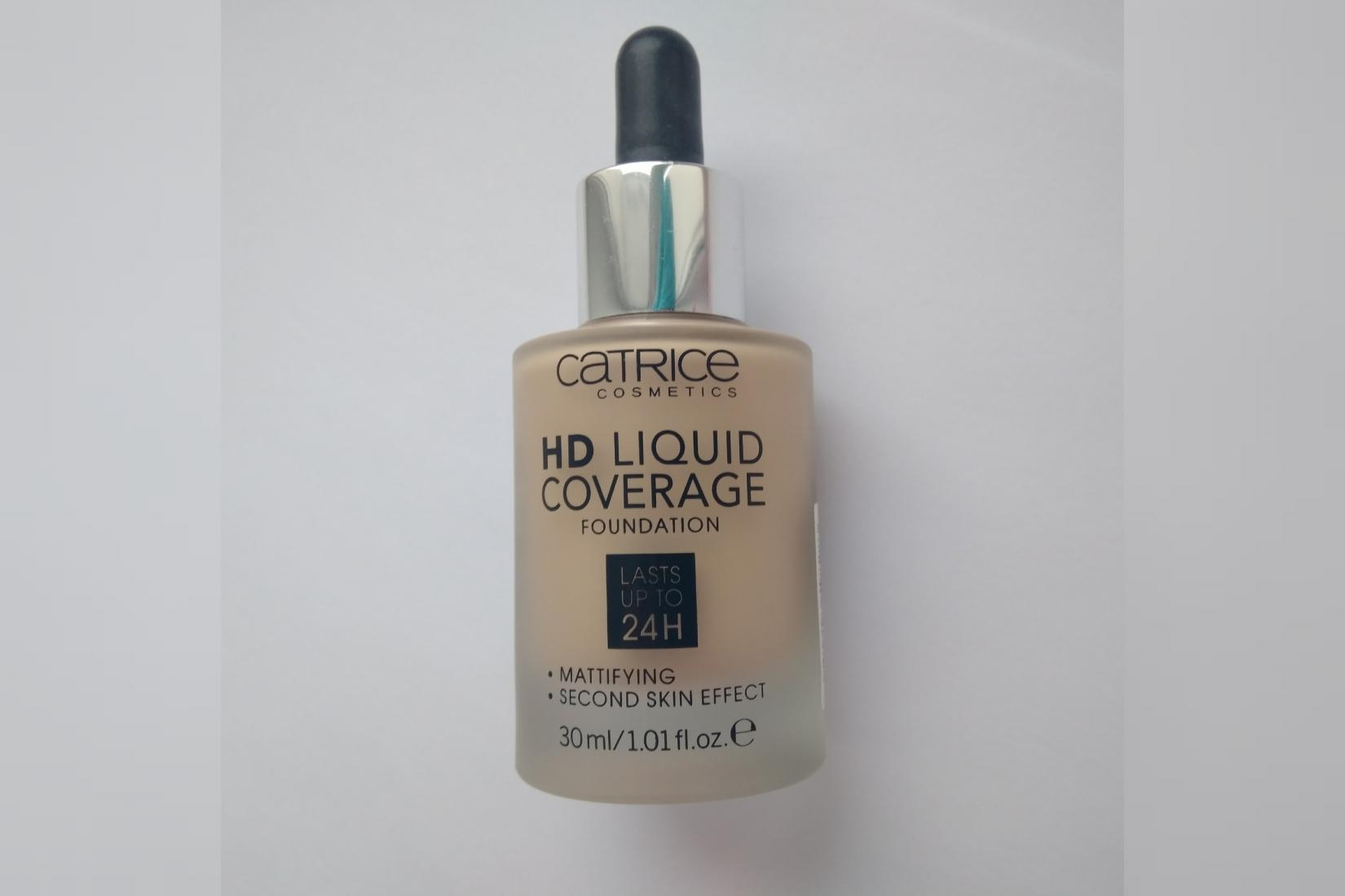 Тональная основа Catrice HD Liquid Coverage Foundation, оттенок 010 Light Beige