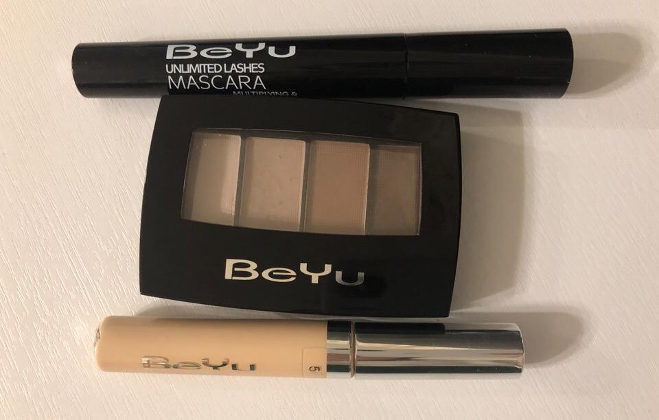 Фото продуктов BeYu - тушь, палетка теней и консилер