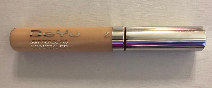 BeYu Light Reflecting Concealer, оттенок 5 Nude Beige, фото флакона