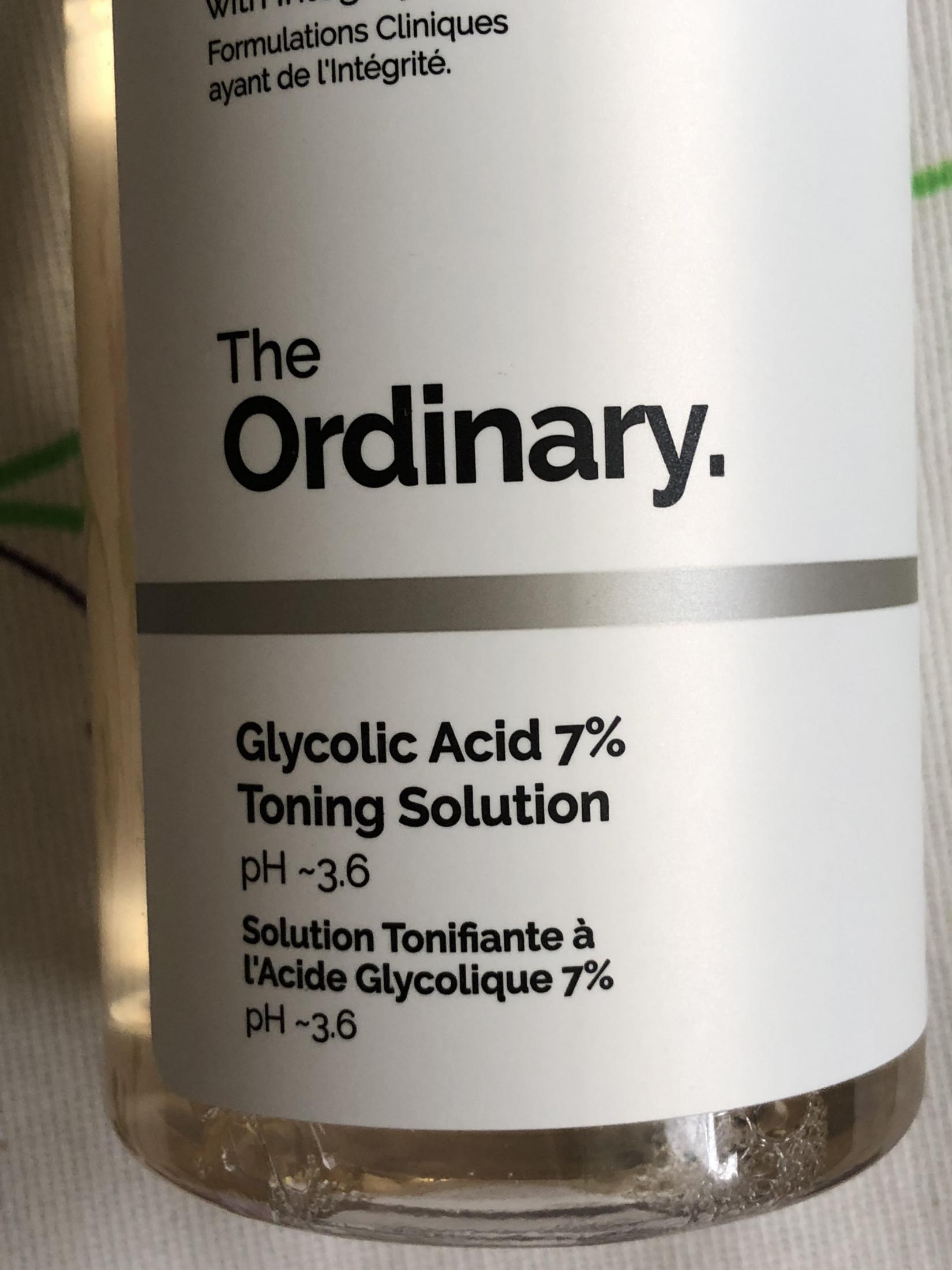 The Ordinary Glycolic Acid 7% Toning Solution. Крупный план