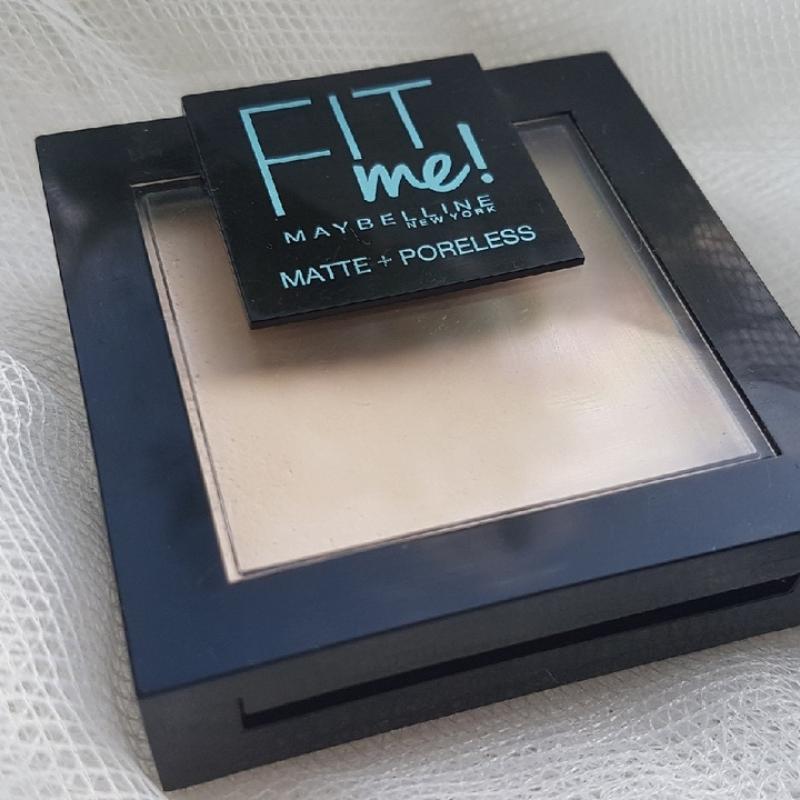 Пудра для лица Maybelline Fit Me Matte + Poreless Тон 105 Natural ivory - фото