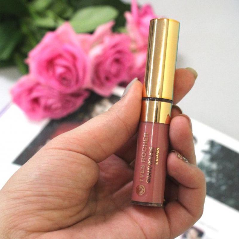 Лак для губ Yves Rocher Grand Rouge L'Elixir с матовым эффектом тон 101 - фото