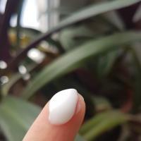 Крем увлажняющий Nivea Care  для всех типов кожи - консистенция
