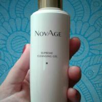 Очищающий гель-тоник для умывания Oriflame NovAge Supreme Cleansing Gel - фото